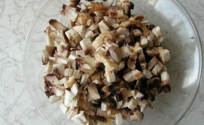 грибы порезать