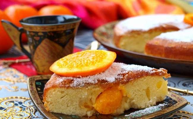 Шарлотка с мандаринами и бананом – рецепт с фото