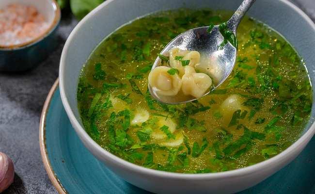 Домашний суп с пельменями и овощами – необычный, но очень вкусный рецепт