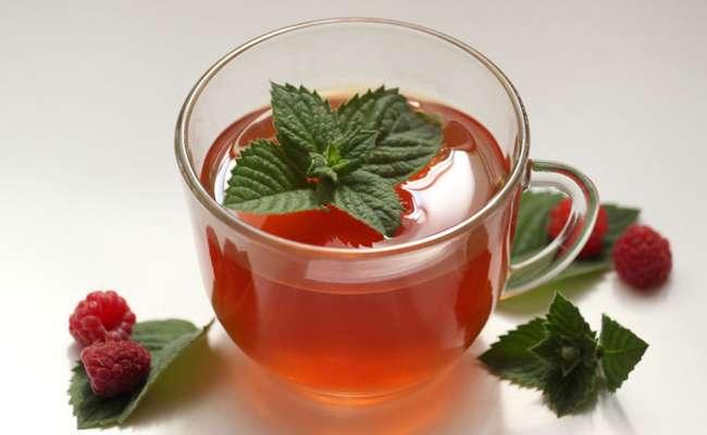 Чай из свежих листьев малины классический