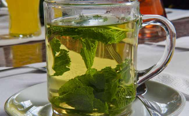 Чай из листьев малины и вишни – домашний рецепт
