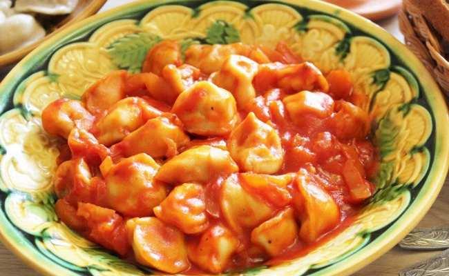 Соус для пельменей из сметаны с томатом