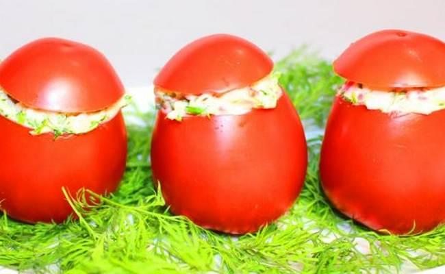 помидоры, фаршированные крабовыми палочками