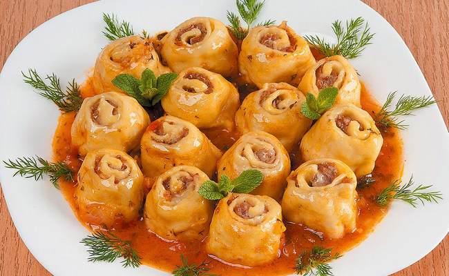 Ленивые пельмени - рецепт с фото пошагово на сковороде со сметаной