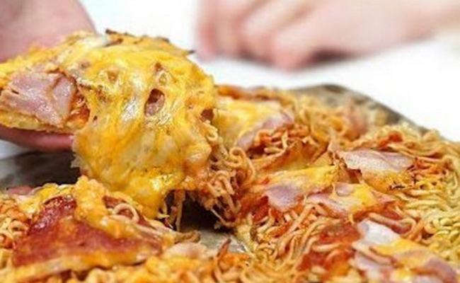пицца из лапши быстрого приготовления