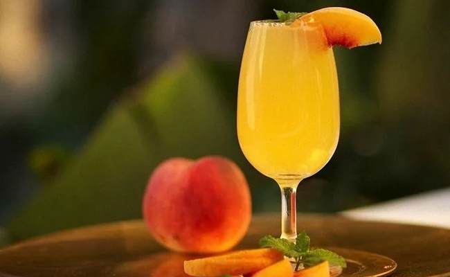 Беллини (Bellini) – вкусный слабоалкогольный напиток для любимых красавиц