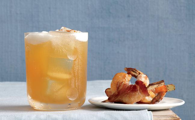 Оригинальный коктейль «Высший сорт» - рецепт с использованием медового сиропа