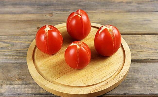 наполнить томаты начинкой