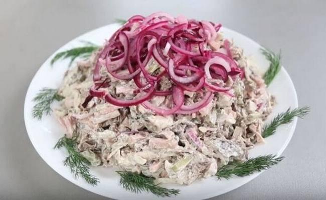 Вкусный и простой мясной салат «Мужики»