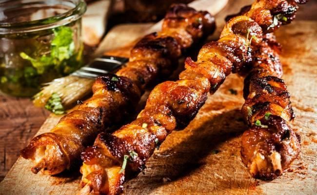 Классический рецепт шашлыка по-кавказски из свинины с уксусом и луком