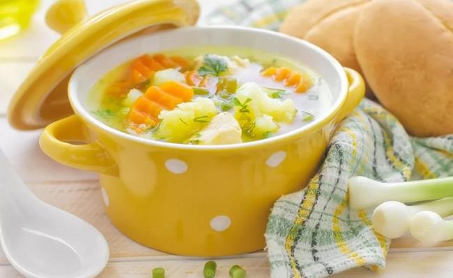 Как сварить овощной полезный суп ребёнку