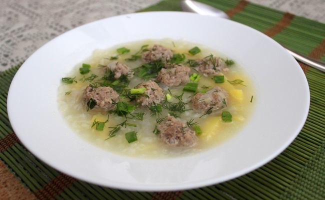 суп с фрикадельками детям