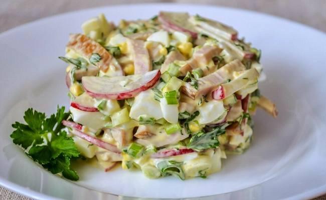 салат с редисом и яйцом простой рецепт