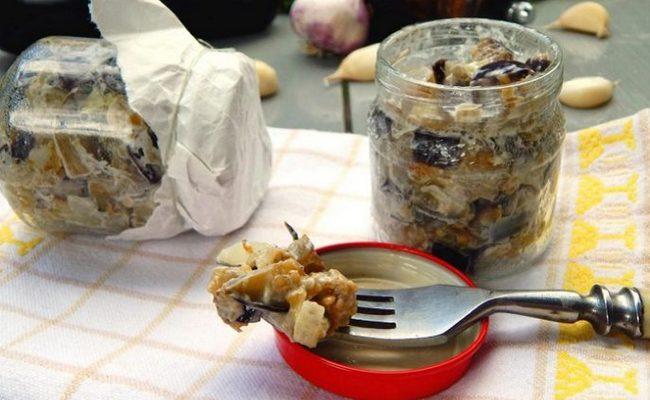 Баклажаны на зиму – острый рецепт с чесноком и майонезом просто и быстро