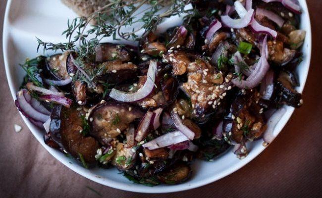 Лучший рецепт пошагово – жареные баклажаны с чесноком в медовом маринаде