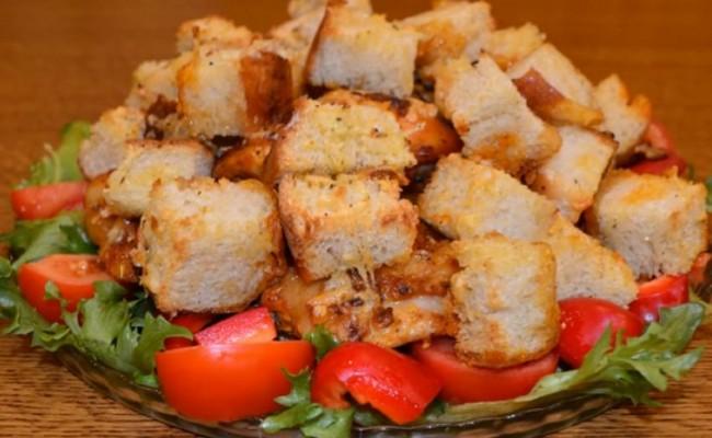 Курочка, запечённая с хлебом по-итальянски