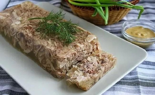 Рецепт холодца из свиных ножек с говядиной – самый вкусный рецепт