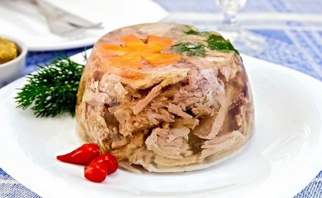 Холодец из свиных ножек с курицей – самый простой пошаговый рецепт