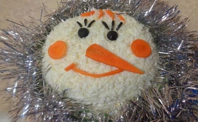 Салат Снеговик с сёмгой