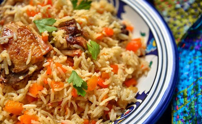 Пропаренный рис с курицей в мультиварке