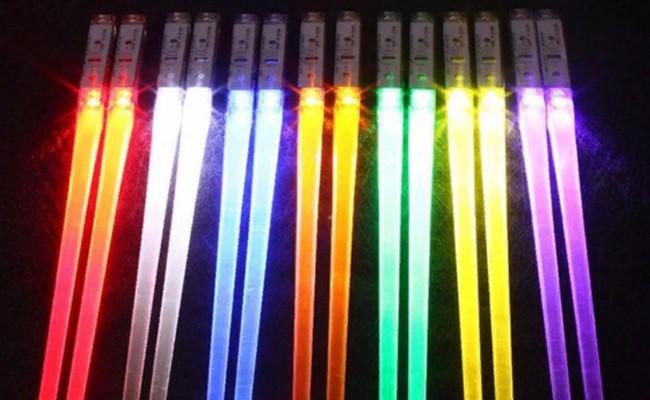 Светящиеся палочки для суши и роллов от Voraca