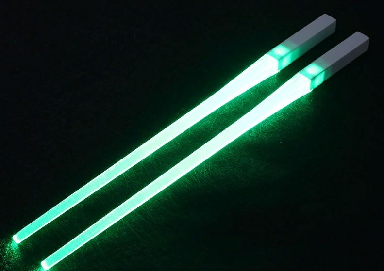 Идеальные палочки (светящиеся) для еды от SOLEDI