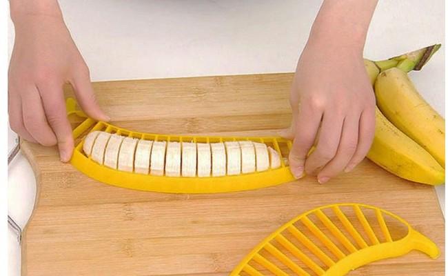 Слайсер – измельчитель для бананов: режем фрукт одним движением