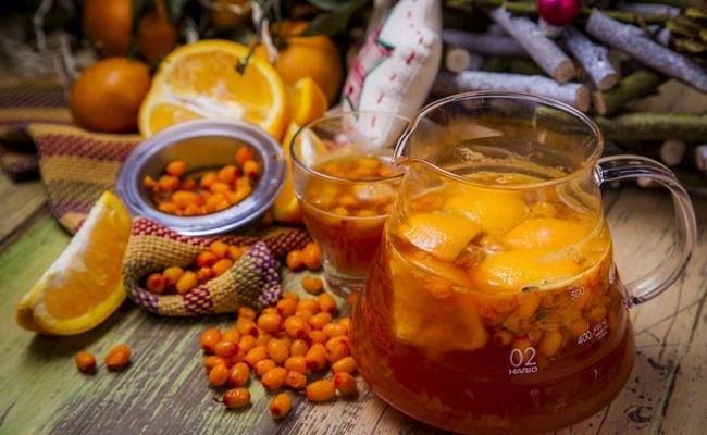 Облепиховый чай из замороженной ягоды с цитрусами