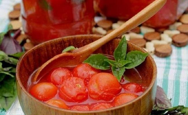 Готовим черри в томатном соке на зиму без добавок со стерилизацией