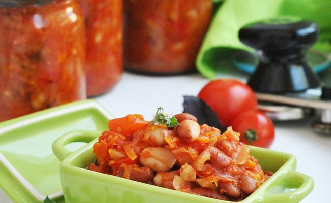 Готовим фасоль «По-монастырски» с овощами: рецепт на зиму, как в магазине