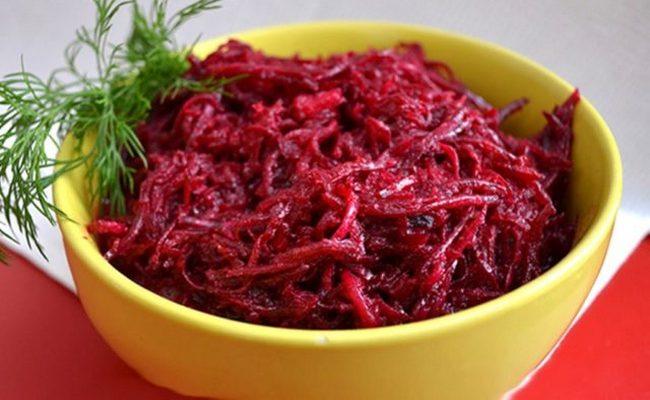 Классический рецепт сырой свёклы по-корейски на зиму в домашних условиях